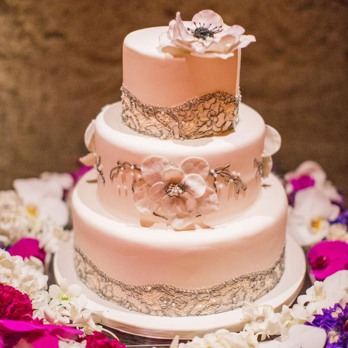 Wedding Cake Cost.Wedding Wednesdays Q A How Much Do Wedding Cakes Cost